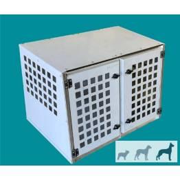 caisse de transport chien inclinée